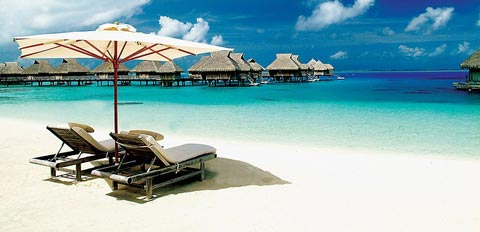 Matira Beach – Image courtesy of Tahiti Tourisme