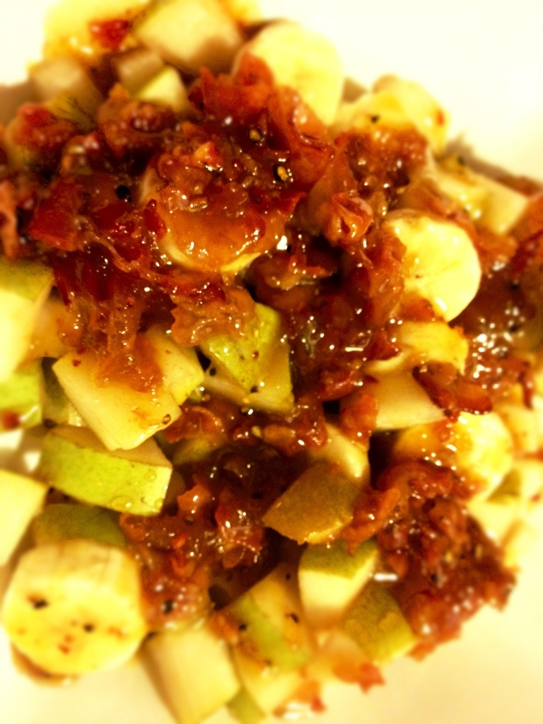 RECIPE : Banana & Pear Salad with Apricot, Bourbon Barrel Smoked Pepper, Bacon and Butter Dressing